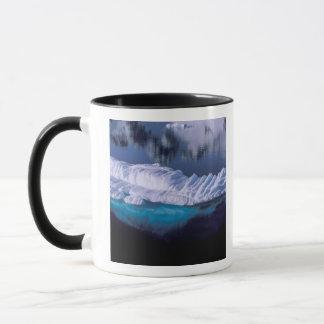 Mug L'Antarctique, baie de paradis. Iceberg dans le