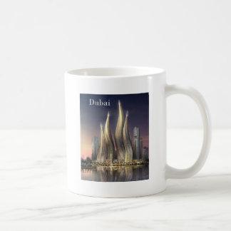 Mug le Dubaï domine (par St.K)