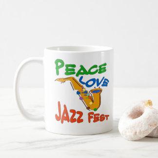 Mug Le Fest de jazz d'amour de paix ajoutent le texte