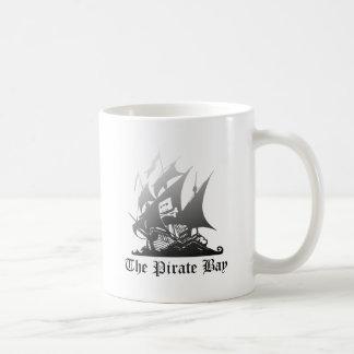 Mug Le gris de baie de pirate au noir