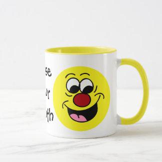 Mug Le je-sais-tout halète le visage souriant Grumpey