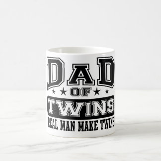 Mug Le papa du vrai homme de jumeaux font des jumeaux