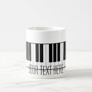 Mug Le piano nommé fait sur commande verrouille