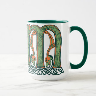 Mug Lettre celtique M, conception de noeud d'Irlandais