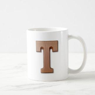Mug lettre T de chocolat
