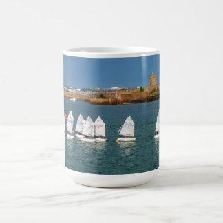 Mug Ligne des bateaux d'optimiste