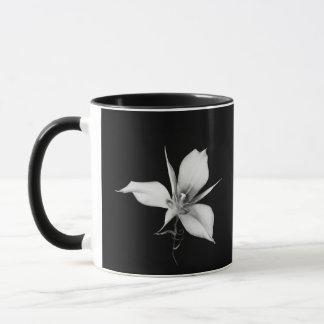 Mug Lis de Mariposa de Sagebrush