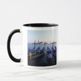 Mug L'Italie, la Vénétie, Venise, rangée des gondoles
