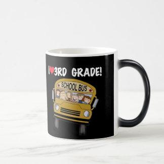 Mug Magique Catégorie d'amour d'autobus scolaire 3ème