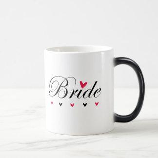 Mug Magique Coeurs de jeune mariée