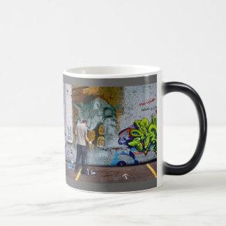 Mug Magique Indigo de graffiti