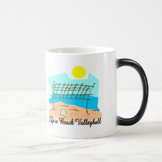 Mug Magique La vie est volleyball de plage