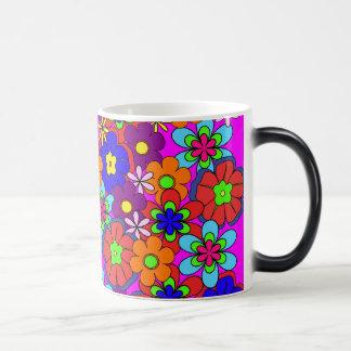 Mug Magique Rétros fleurs de hippie