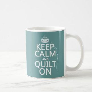 Mug Maintenez le calme et l'édredon dessus -