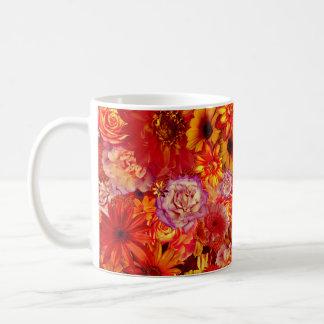 Mug Marguerites d'un rouge ardent riches de bouquet
