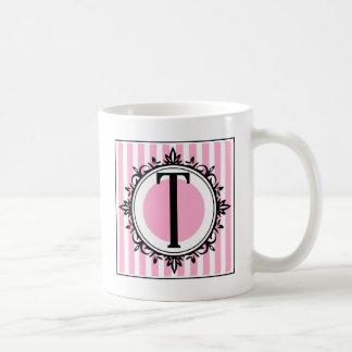 """Mug Monogramme du rose """"T"""""""