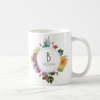 Mug Monogramme tropical coloré de bouquet de fleurs