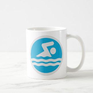 Mug Natation de décalque de bain de bleu et de blanc
