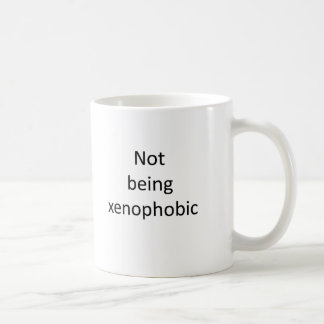 Mug Ne votant pas pour la xénophobie. (ou travail)