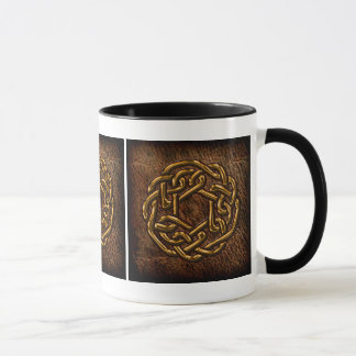 Mug Noeud celtique d'or sur le cuir