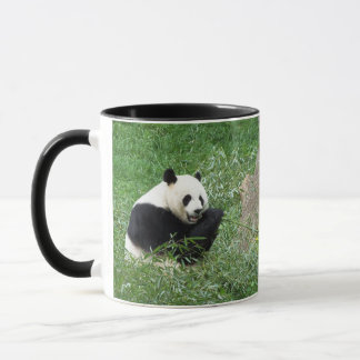 Mug Panda géant mangeant le bambou