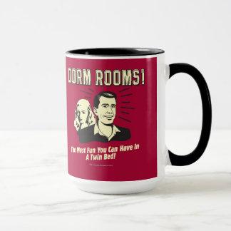 Mug Pièce de dortoir : La plupart de lit jumeau