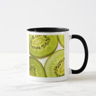 Mug Plan rapproché extrême de quatre morceaux de kiwi