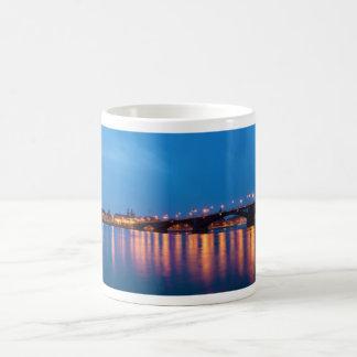 Mug Pont de Theodor Heuss au-dessus du Rhin