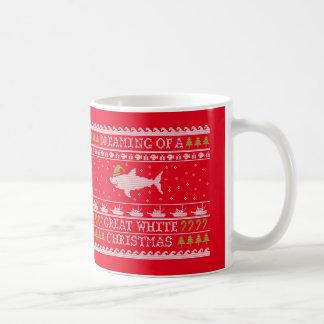 Mug Requin laid de chandail - grand Noël blanc