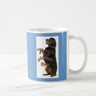 Mug rottweiler_begging