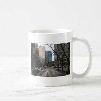 Mug Rue humide à Edmonton du centre