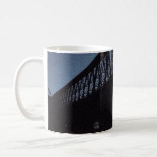 Mug Silhouette de pont