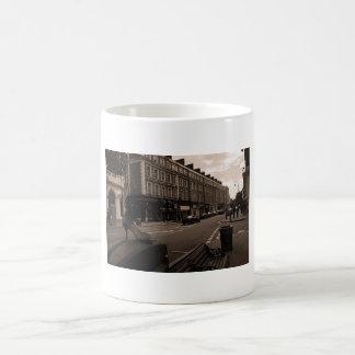 Mug Talon à Londres