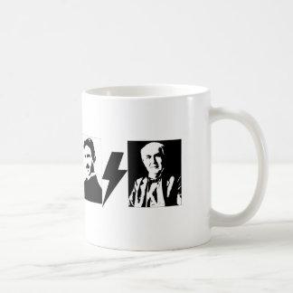 Mug Tesla et Edison - l'AC/DC. original