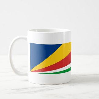 Mug texte de nom de symbole de nation de drapeau de