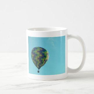 Mug Tour chaud de ballon à air