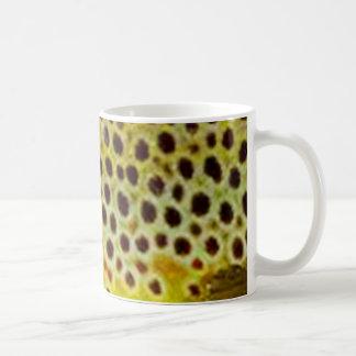 Mug Truite de Brown par PatternWear©