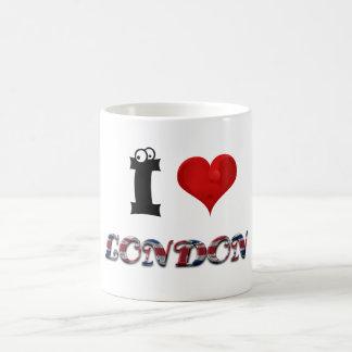 Mug Typographie britannique de drapeau de coeur de