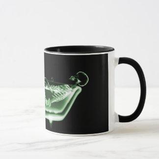 Mug Vert squelettique de noir de Bath de rayon X
