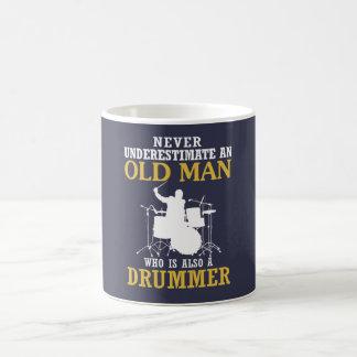 Mug Vieil homme - un batteur