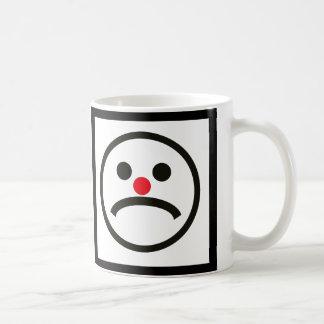 Mug Visage de regard triste avec le nez rouge effronté