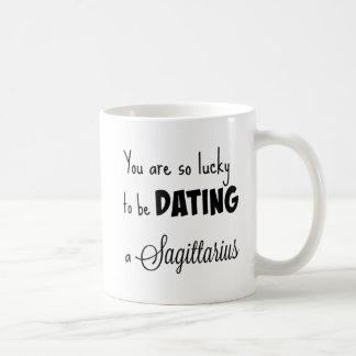 Mug Vous êtes si chanceux dater un Sagittaire