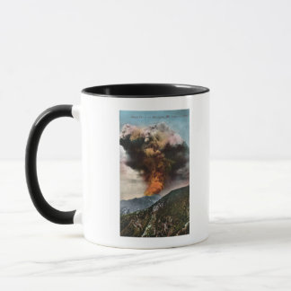 Mug Vue d'incendie de forêt en montagnes