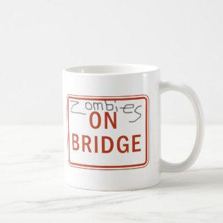 Mug Zombis sur le pont