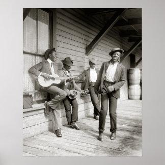 Musiciens sur la route, 1908. Photo vintage