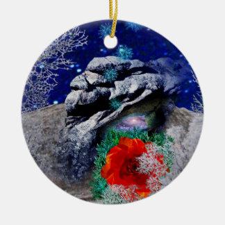 Mystère de rose de Noël Ornement Rond En Céramique