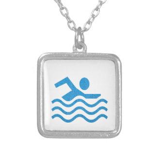 Nageur 101 de bain de succès de natation du collier