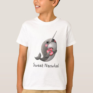 Narwhal timide avec le beignet t-shirt