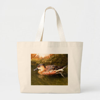 Natation de canard au zoo grand tote bag