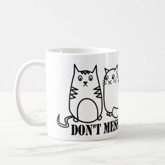 Ne salissez pas avec mes chats de peloton mug